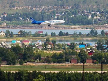 Первый полёт нового российского пассажирского самолёта МС-21