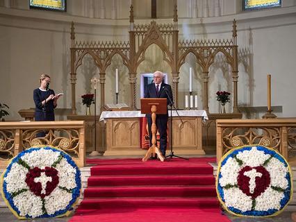 Президент Германии Франк-Вальтер Штайнмайер во время церемонии открытия лютеранского Кафедрального собора Петра и Павла в Москве