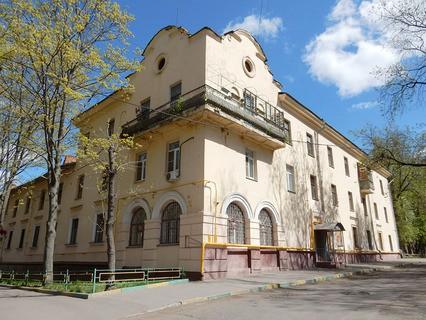 Жилой дом, построен в 1951 году. 5-я Парковая улица, 32, район Измайлово, Москва