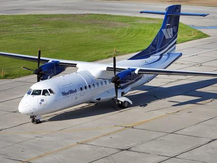 Самолет ATR-42 авиакомпании West Wind Aviation