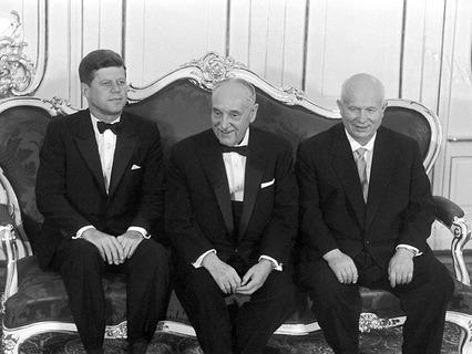 Встреча президента США Джона Кеннеди и первого секретаря ЦК КПСС Никиты Хрущёва 4 июня 1961 года в Вене