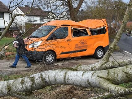 Сильнейший шторм обрушился на страны Западной Европы