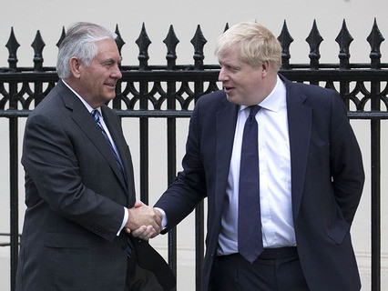 Госсекретарь США Рекс Тиллерсон и глава МИД Великобритании Борис Джонсон