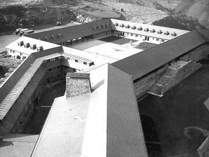 Замок Фогельзанг