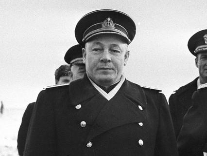 Нарком ВМФ СССР Николай Кузнецов