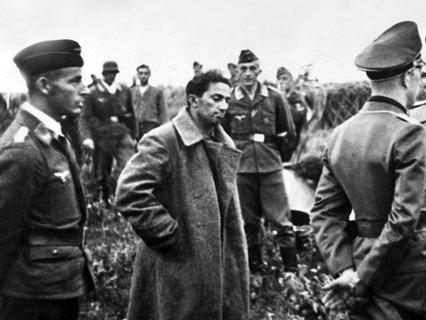 Яков Джугашвили (сын И.В. Сталина) в немецком плену