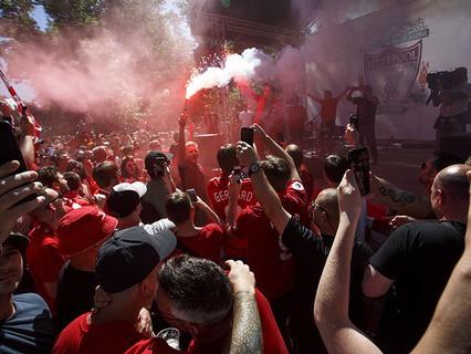 """Футбольный матч между испанским """"Реалом"""" и английским """"Ливерпулем"""" стал причиной погромов и провокаций"""