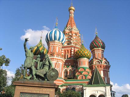 Собор Василия Блаженного и памятник Минину и Пожарскому