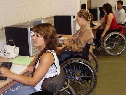Фактор жизни. Работа для инвалида: помоги себе сам