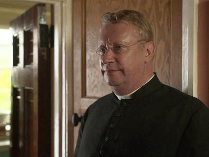 Отец Браун. 9-я серия и 10-я серии. Мэр и фокусник. Голубой крест
