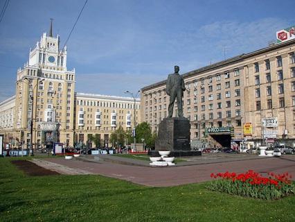 Наша Москва. Триумфальная площадь