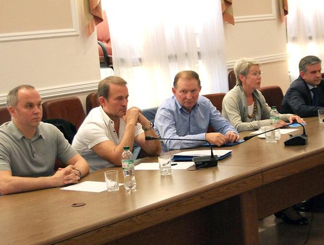Трехсторонние переговоры по реализации мирного плана на востоке Украины
