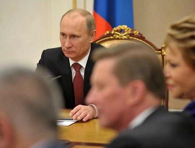 Владимир Путин на совещании с постоянными членами Совета Безопасности