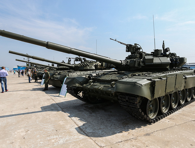 """Основной боевой танк Т-90А на Международной выставке вооружения, технологий и инноваций """"Оборонэкспо-2014"""""""