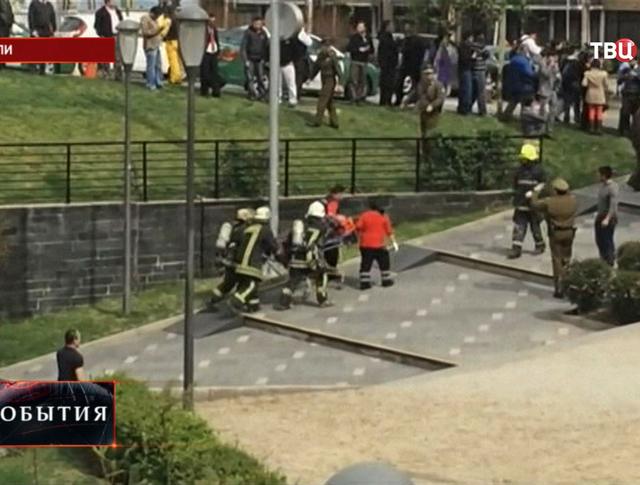 Эвакуация пассажиров из метро в Чили