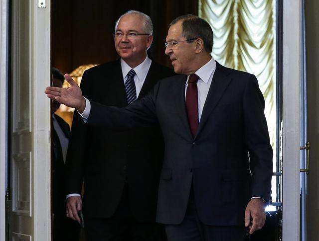 Глава МИД РФ Сергей Лавров и глава МИД Венесуэлы Рафаэль Рамирес