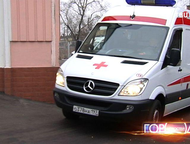 Сотрудники ГИБДД спасли младенцев на МКАД