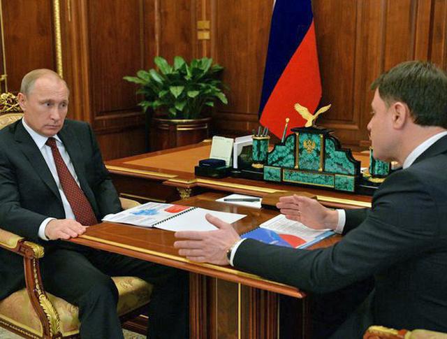 Президент России Владимир Путин и Рабочая встреча с губернатор Тульской области Владимир Груздев
