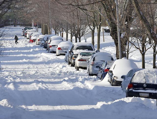 Последствия снегопада в США