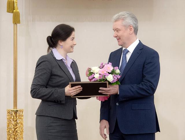 Сергей Собянин вручает награды