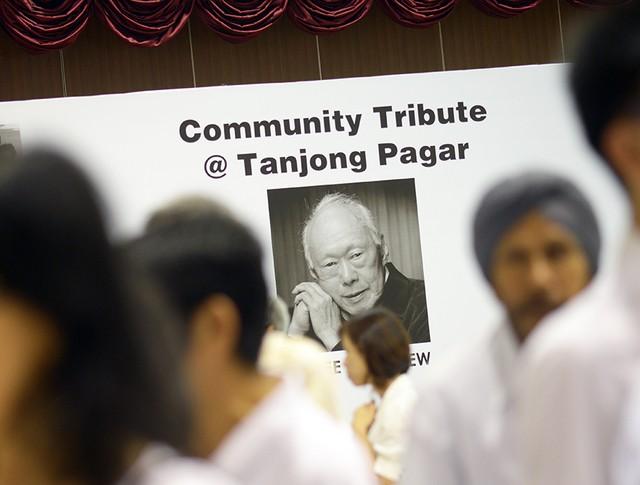 Скончался первый премьер-министр города-государства Сингапур Ли Куан Ю