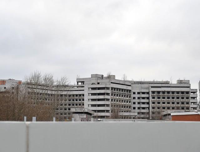 Здание заброшенной Ховринской больницы