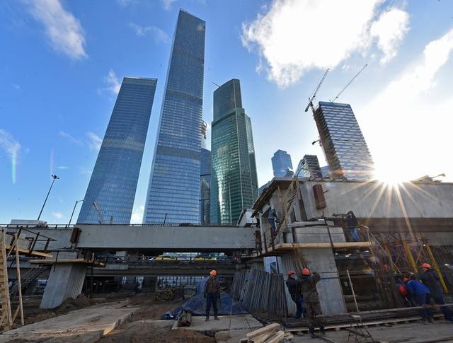 """Строительство развязки возле """"Москва-Сити"""""""
