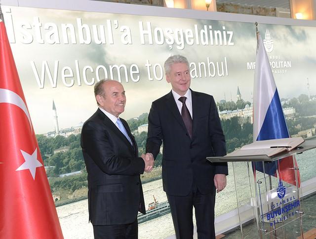 Мэр Москвы Сергей Собянин во время рабочей поездки в Стамбул