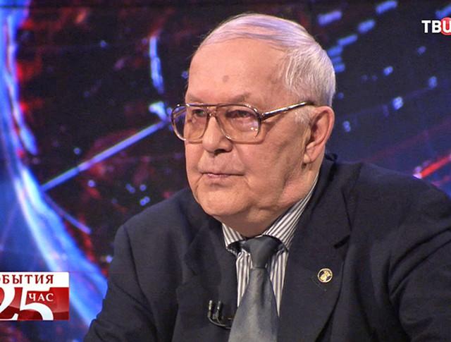 Валерий Меньшиков, член общественного совета Росатома, член совета Центра экологической политики России