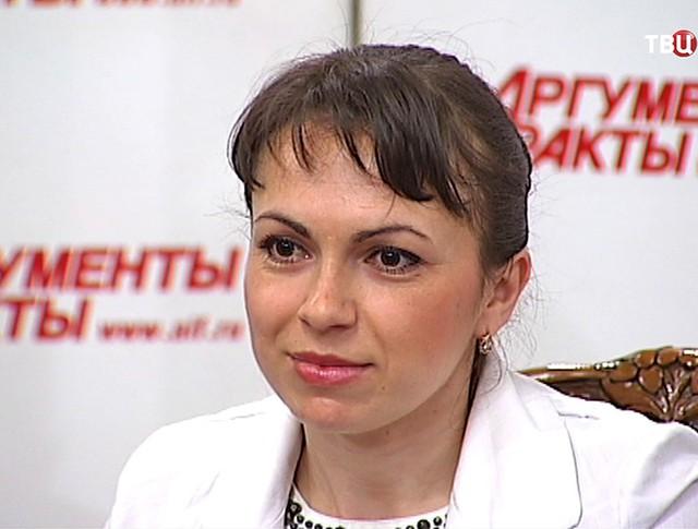 Пострадавшая от действий Емельяненко домработница Полина Степанова
