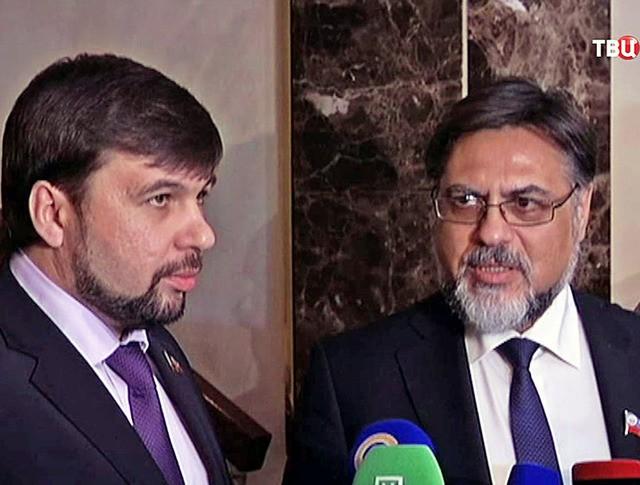 Полпред ДНР Денис Пушилин и полпред ЛНР Владислав Дейнего