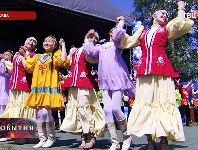 В Коломенском отмечают якутский национальный праздник Ысыах