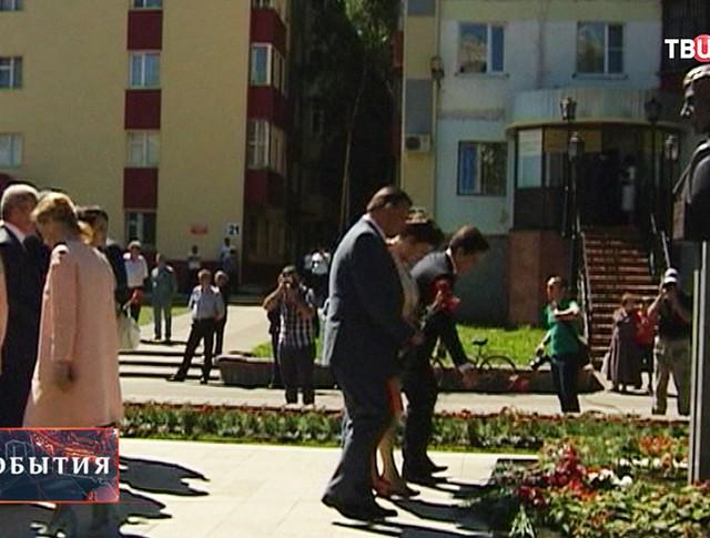 Мероприятия в память об убитом мэре Петухове
