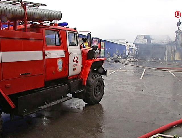 Последствия пожара на строительном рынке