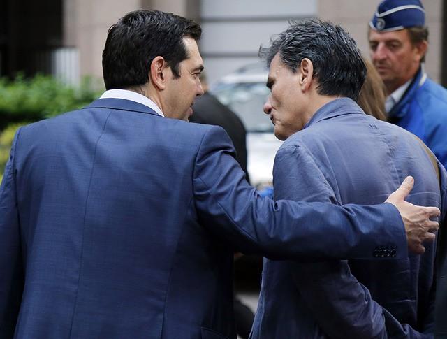 Премьер-министр Греции Алексис Ципрас и министр финансов Греции Эвклидис Цакалотос