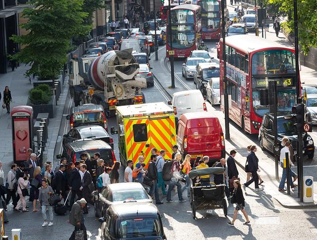 Автомобильная пробка в Лондоне