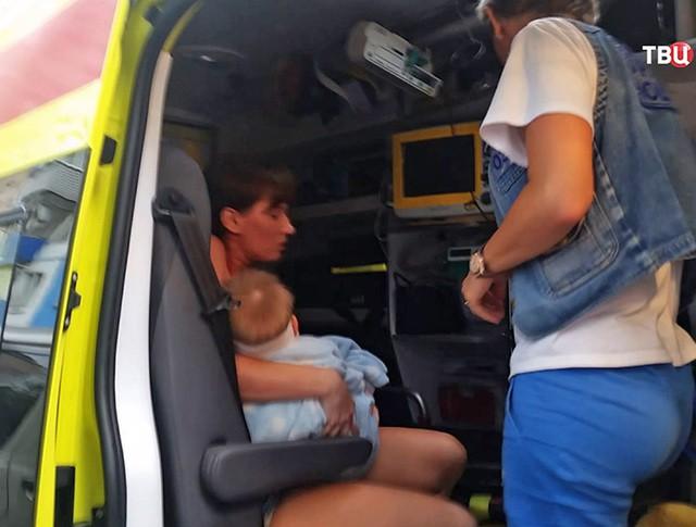 Мама выпавшего из окна ребёнка