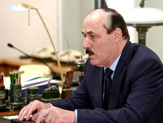 Глава Республики Дагестан Рамазан Абдулатипов
