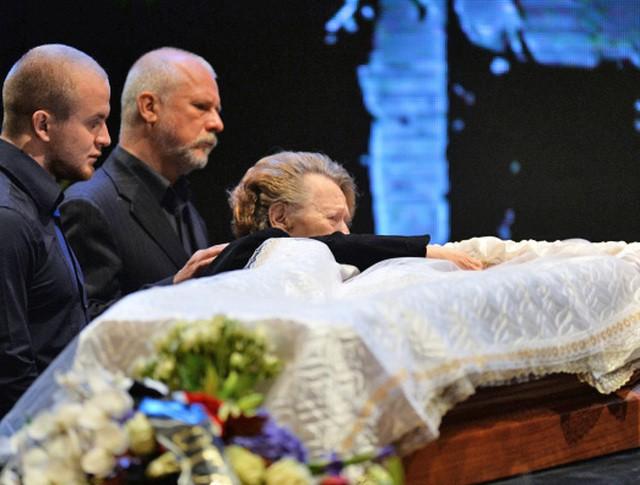 Церемония прощания с актером и режиссером Львом Дуровым