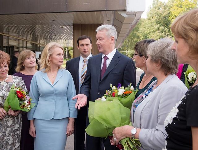 Мэр Москвы Сергей Собянин общается с учителями