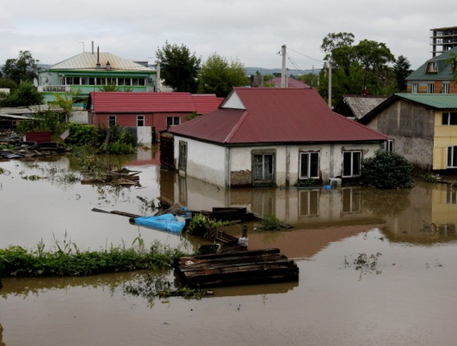 Затопленные дома в частном секторе Уссурийска