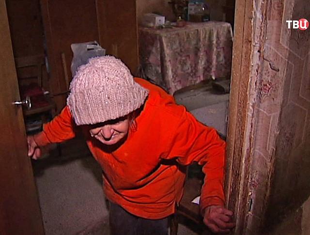 Пенсионерка живет в антисанитарных условиях