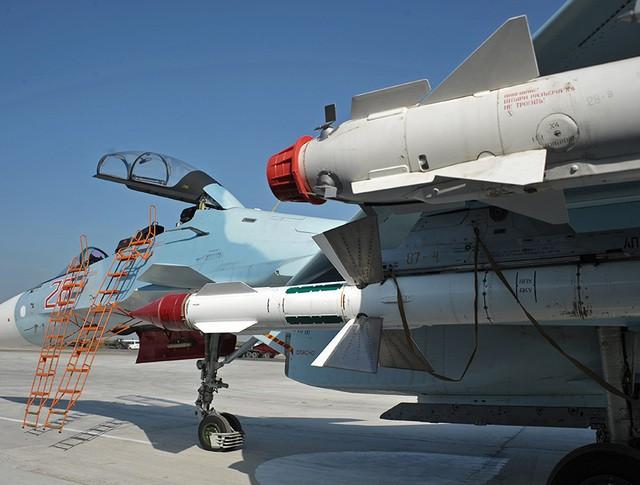 Истребитель Су-30СМ ВКС России в Сирии