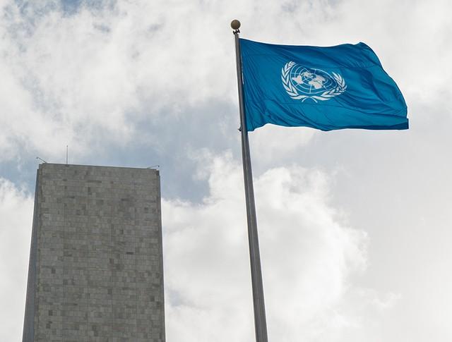 Флаг у Штаб-квартиры ООН