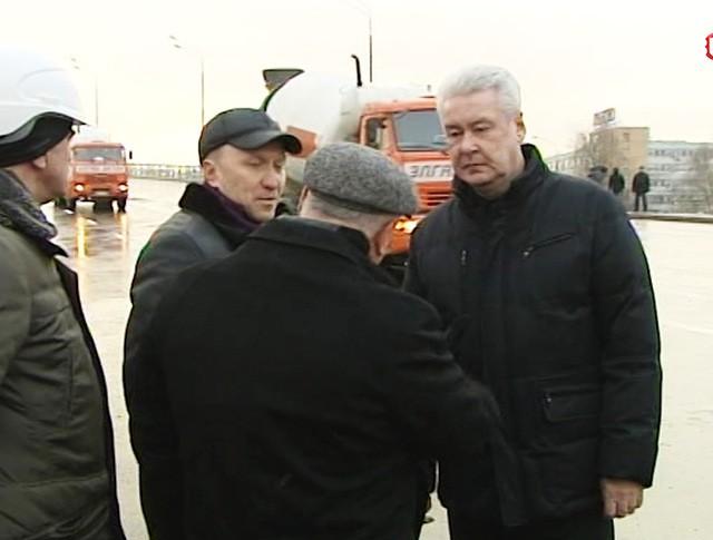 Мэр Москвы Сергей Собянин во время открытия эстакады на участке Рябиновой улицы