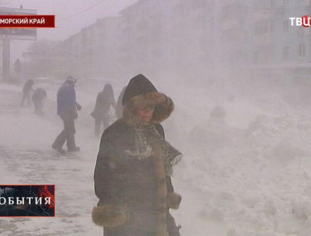 Снегопад в Приморье