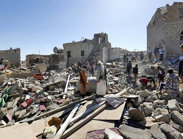 Обломки домов в Саудовской Аравии