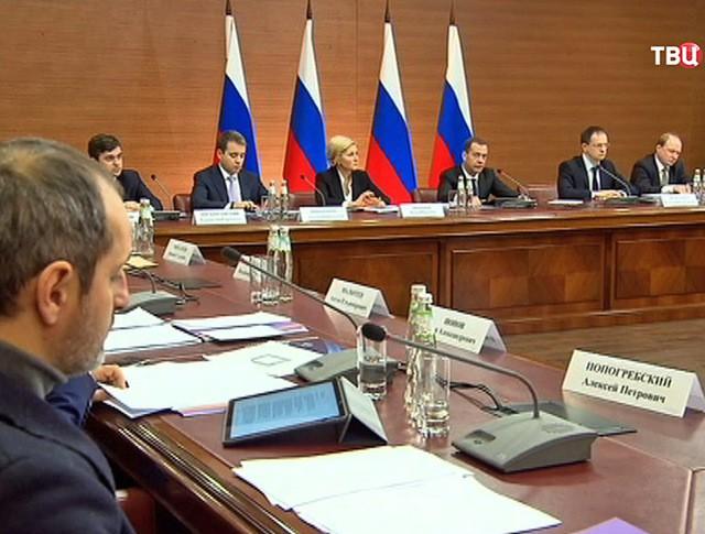 Дмитрий Медведев проводит заседание правительственного совета по развитию кинематографии