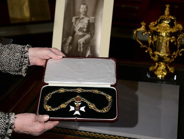 Викторианская цепь Николая II, переданная из Королевской коллекции Великобритании