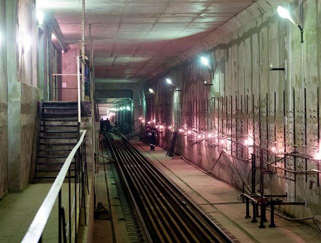 Строительные работы в метро